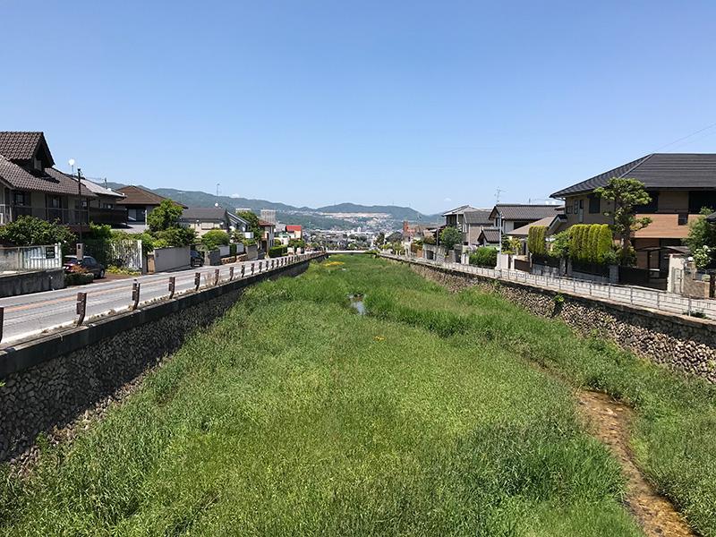 宝塚 逆瀬川 きれいな川